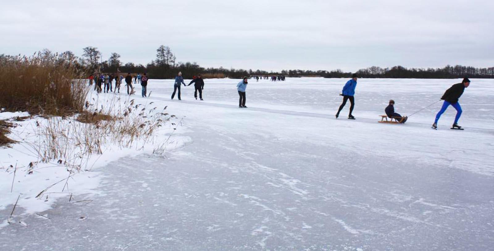 schaatsen in It Fryske Gea
