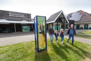 Het otterpad start bij het bezoekerscentrum in de Alde Feanen